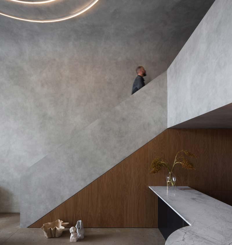 trap muur betonlook verven