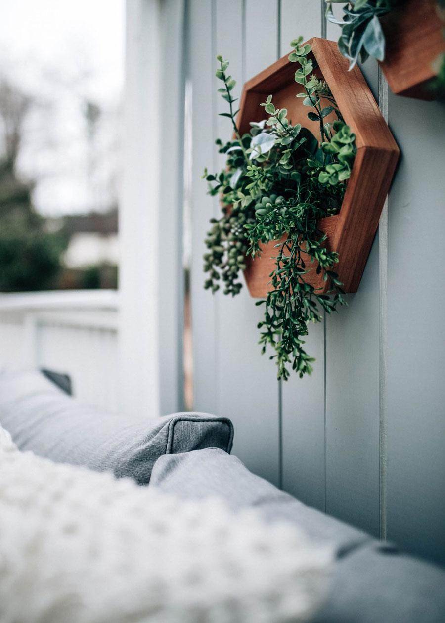 tuin ideeën loungetuin wanddecoratie