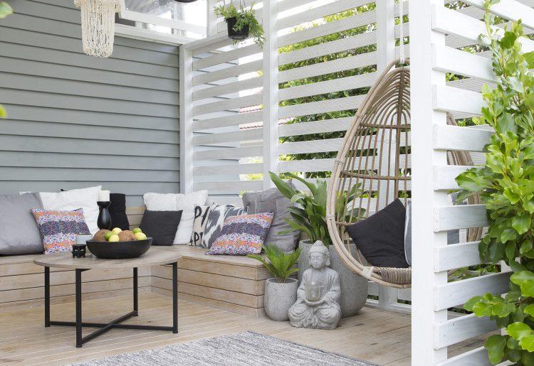 Tuin met een overdekt veranda terras homease
