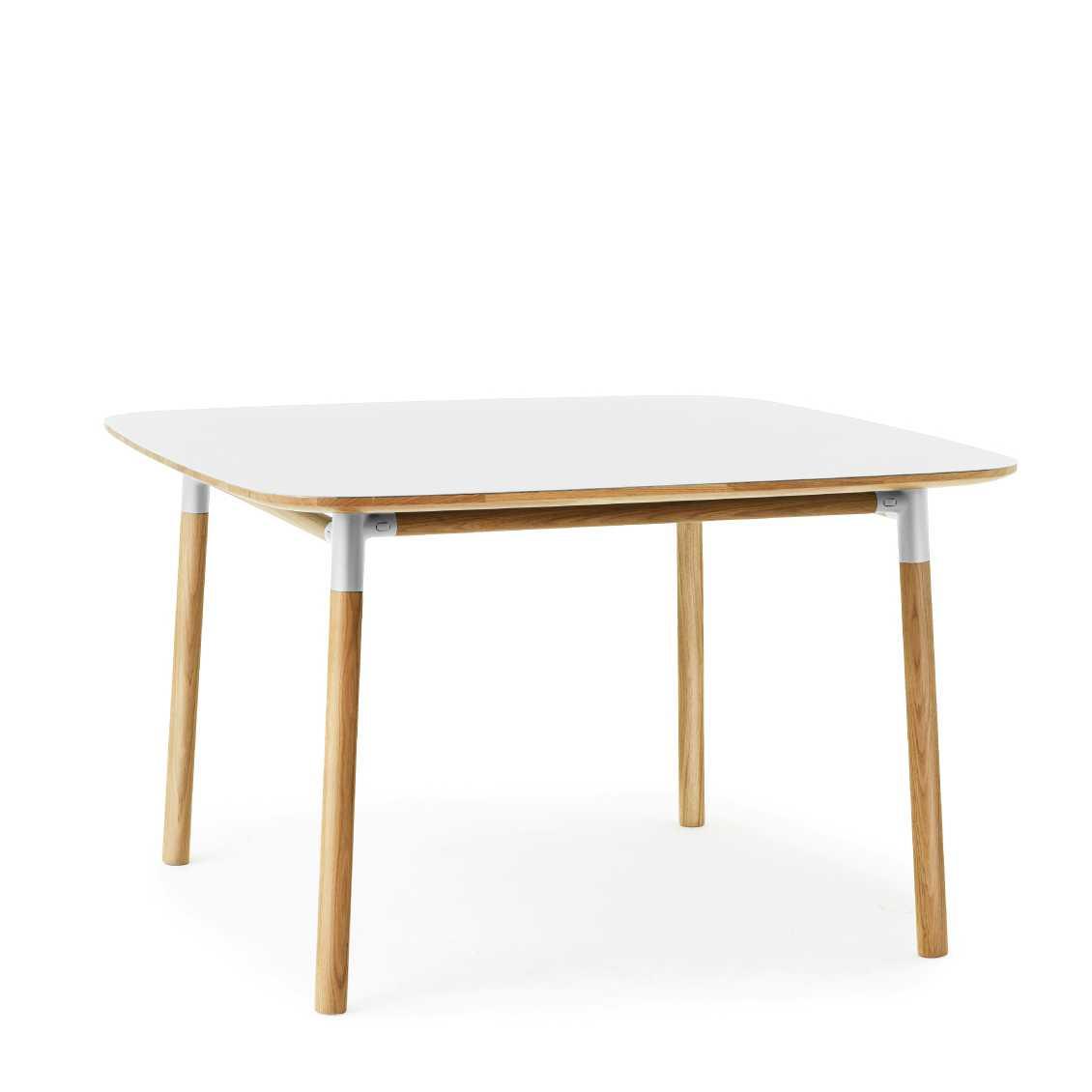 vierkante-eettafel-form_table_small_white_oak_normann_copenhagen