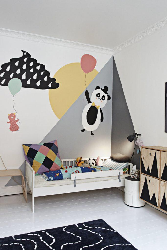 Vrolijke en kleurrijke kinderkamer van Karl Malte
