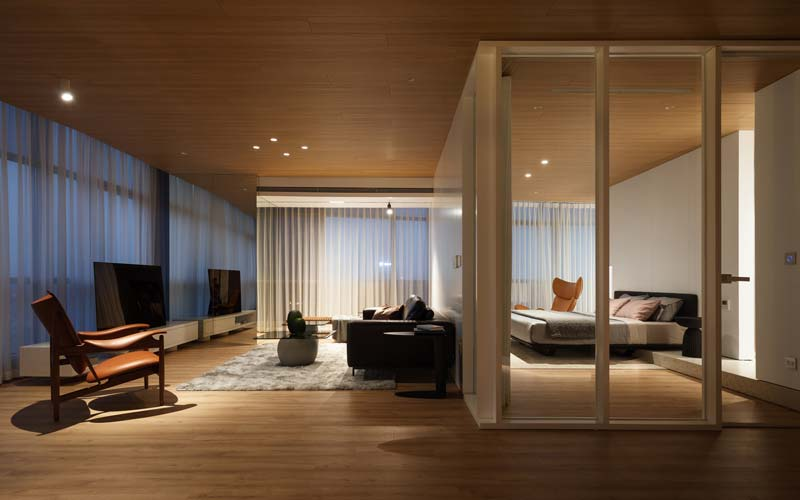 warm interieur houten vloer plafond