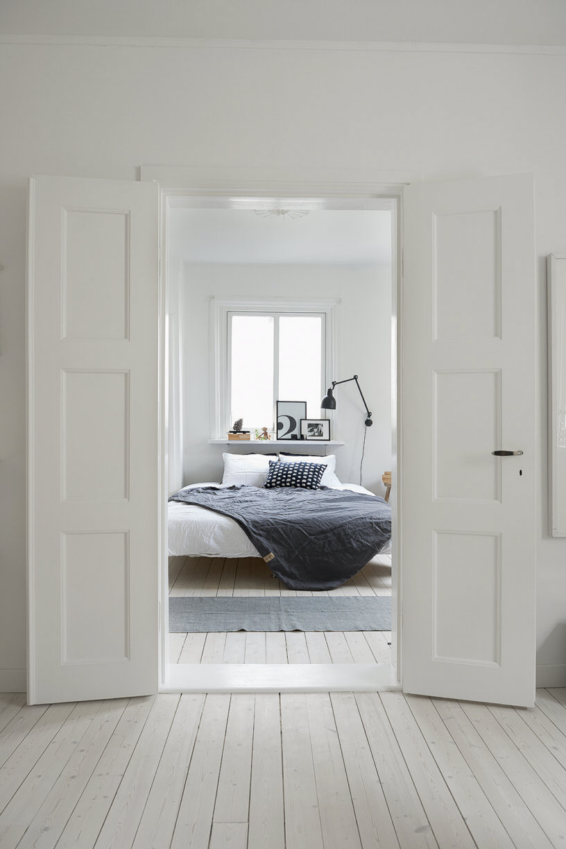 Witte dubbele binnendeuren homease - Corridor schilderen ...