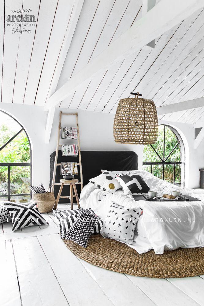 Witte zolder slaapkamer