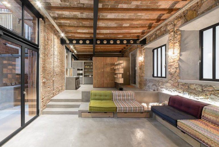 woonkamer ideeen op maat gemaakte bank in stoere loft