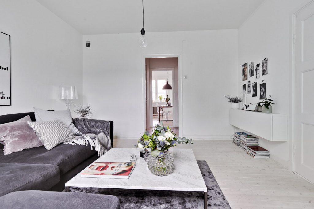 Woonkamer van een klein scandinavisch appartement homease - Een klein appartement ontwikkelen ...