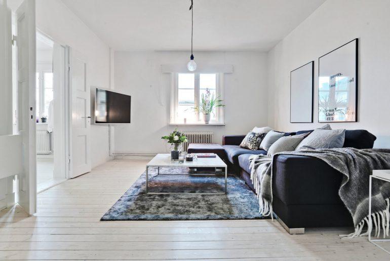 Woonkamer van een klein Scandinavisch appartement