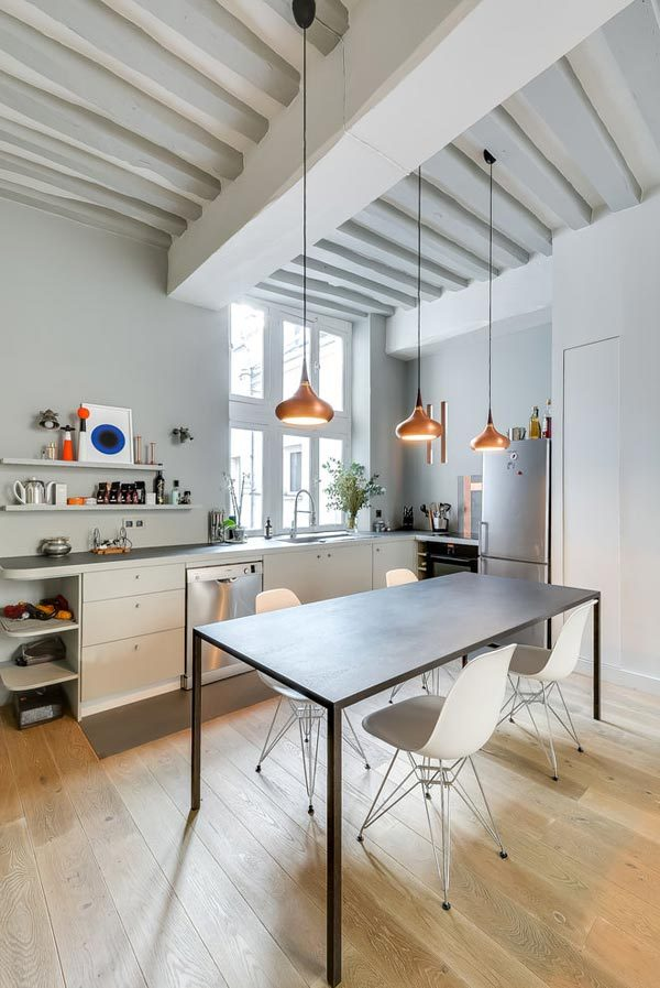 Woonkamer met open keuken uit parijs homease - Woonkamer en moderne keuken ...