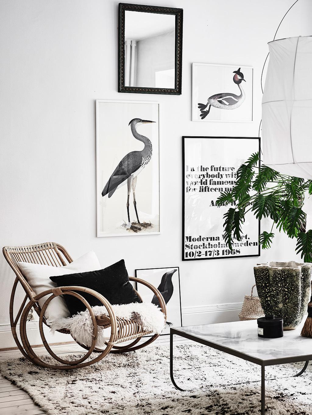 Woonkamer met een stijlvolle zithoek en eethoek