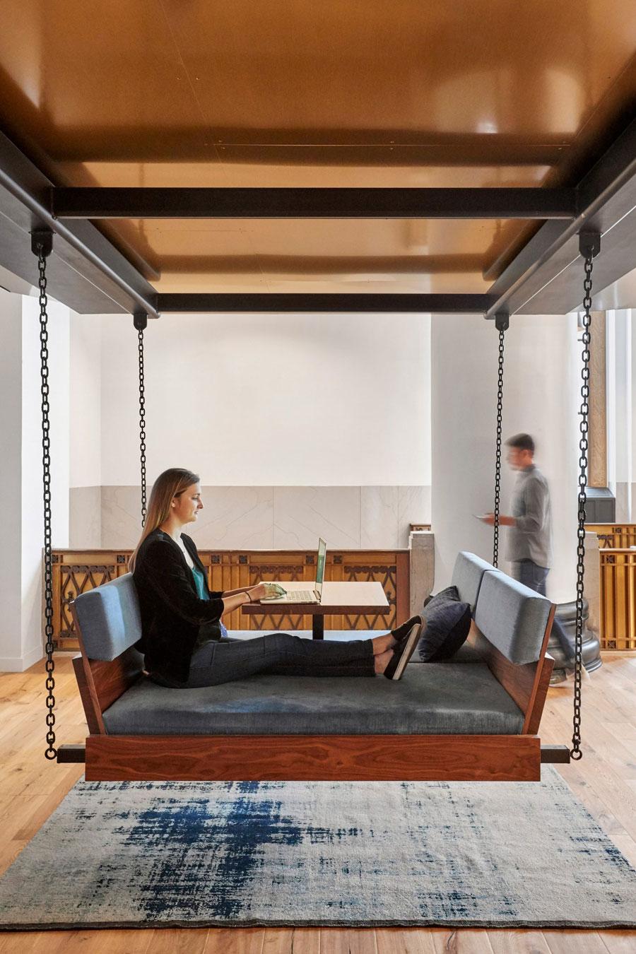 ZGF Architects transformeert het historische Portland-bankgebouw in het kantoor van technologiebedrijf Expensify