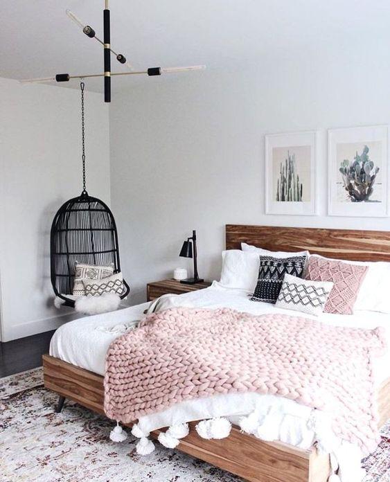 zithoekje slaapkamer hangstoel