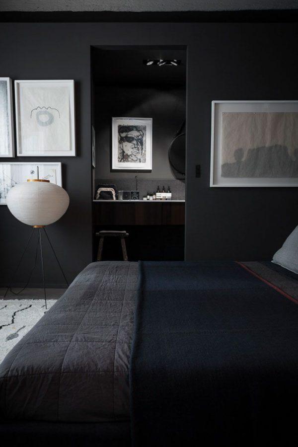 Zwarte muren slaapkamer