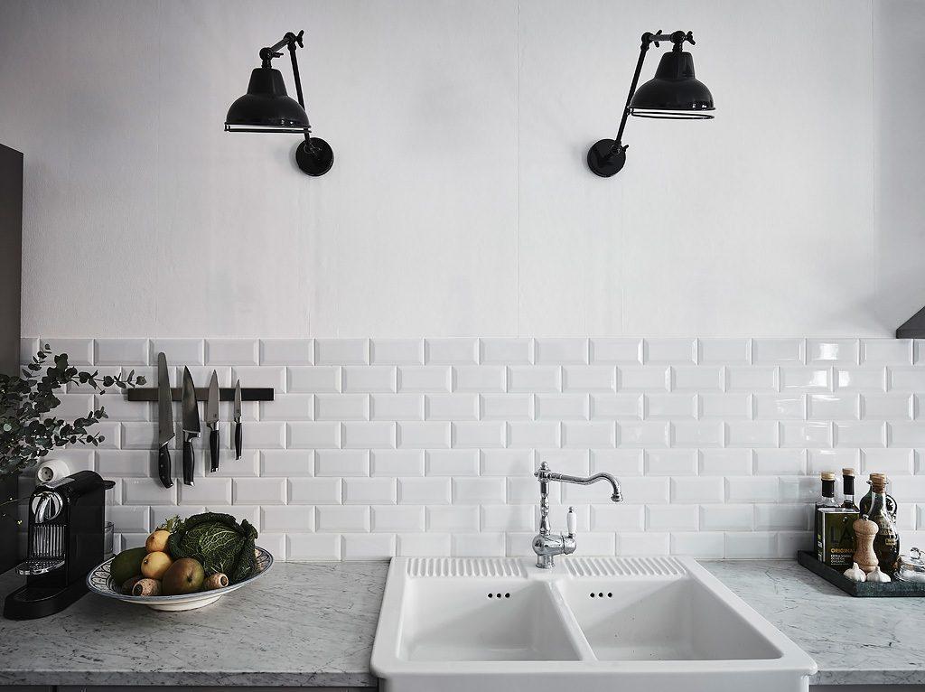 zwarte-wandlampen-keuken