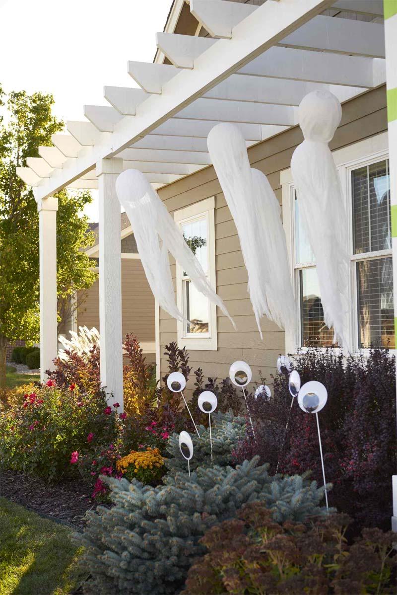 Halloween decoratie ideeën zwevende spoken