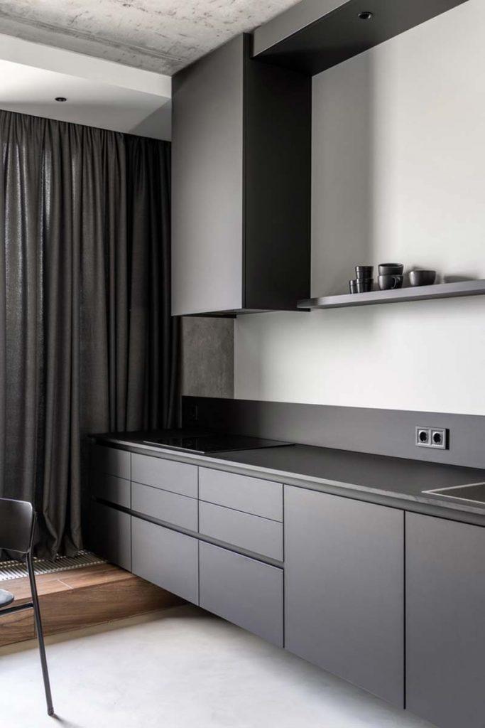 zwevende zwarte keuken